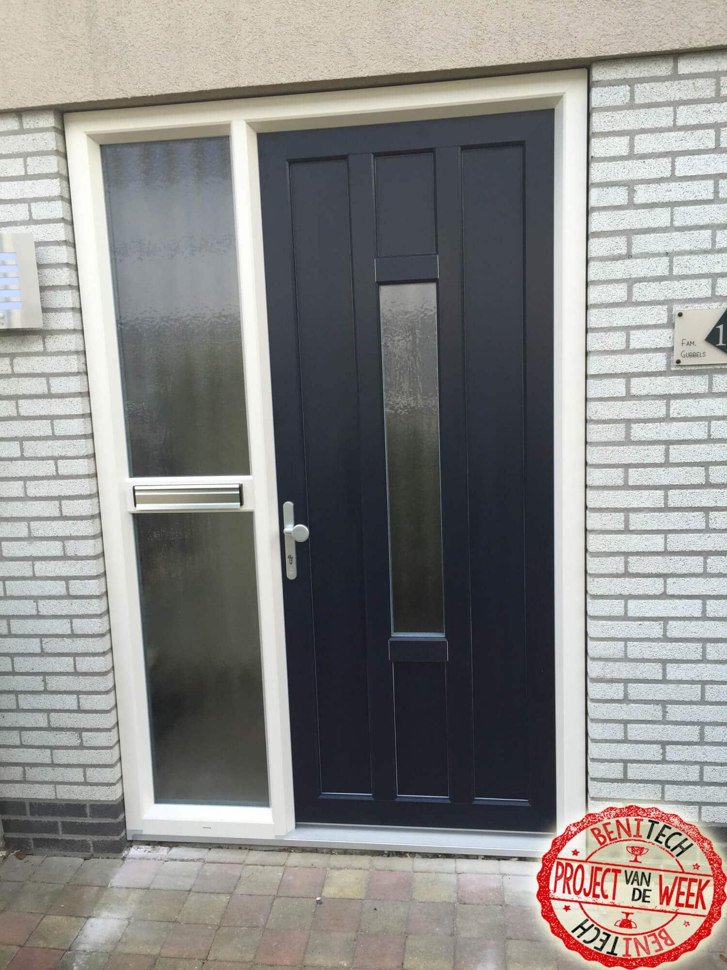 Deze week in het project van de week hebben we een prachtige kunststof voordeur met een veka topline profiel.